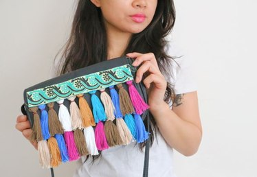 DIY Rainbow Tassel Fringe Purse
