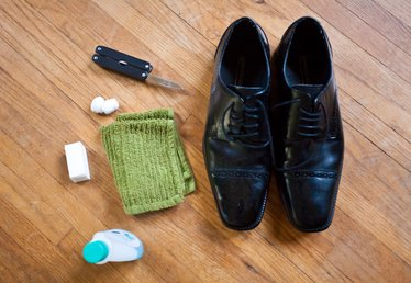 How to Remove Shoe Wax