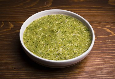 How to Make Your Own Green Tomatillo Salsa