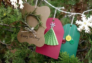 DIY Holiday Gift Tags Tutorial