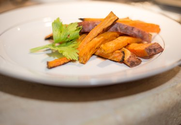 How to Make Baked Sweet Potato Fries Crispy