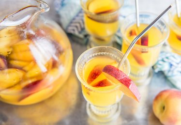 Peach Sangria Recipe Tutorial