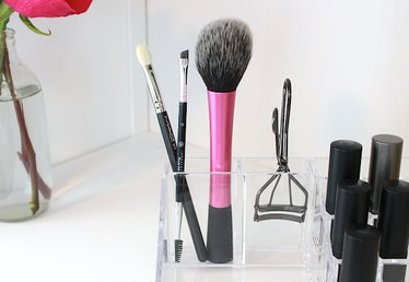 3 Multitasking Makeup Brushes Every Woman Should Own