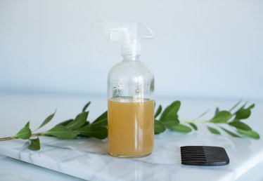 How to Make Your Own Natural Hair Detangling Spray