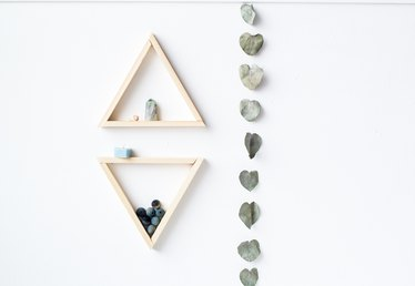 How to Build Triangle Shelving