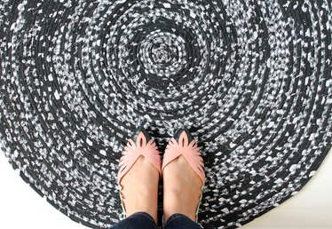 How to Weave Fabric Into a Rope Rug