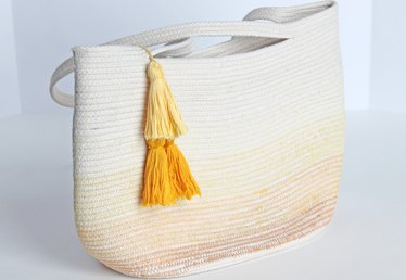 How to Twist Rope to Make a Coiled Tote Bag