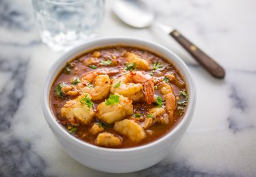Slow Cooker Seafood Cioppino Recipe