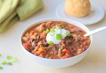 How to Make Healthy Crock-Pot Chili