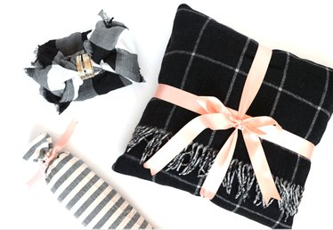 3 Creative Holiday Gift Wrapping Ideas