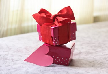 Romantic Homemade Gifts for a Boyfriend on His Birthday