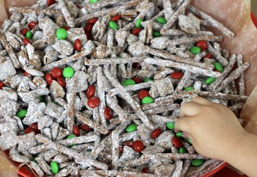 Make This Tasty Treat for Santa's Reindeer