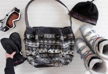 How to Make a Bucket Bag from an Old Sweater