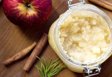 DIY Fall-Inspired Body Scrub