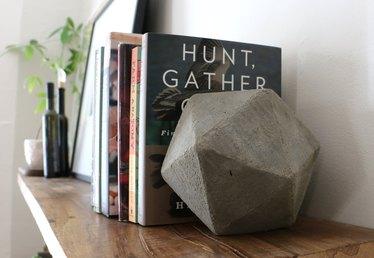 DIY Geometric Concrete Bookends Tutorial