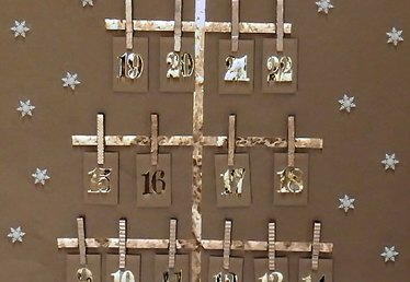 Two Super Easy Advent Calendars for Last-Minute DIYers