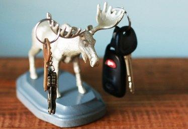 Handy Helpers: DIY Animal Key Holders