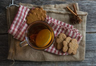Gingerbread Hot Toddy for Cold Winter Nights