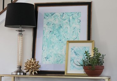 How to Make Marbled Paper With Food Coloring