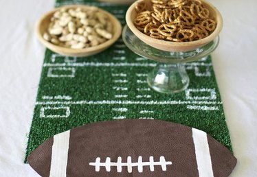 Easy DIY Football Field Table Runner