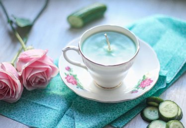 Give Mom a Homemade Teacup Candle