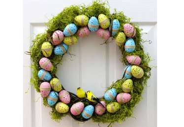 Spring Decor: DIY Robin's Egg Wreath