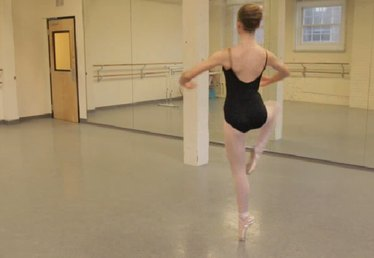 How to Do a Proper Fouette Turn in Ballet en Pointe