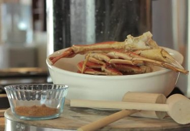 How to Cook Frozen Crab Leg