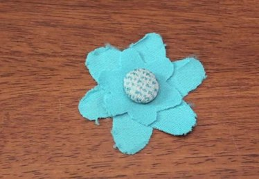 How to Make a Flower With Vintage Tattered Fabric