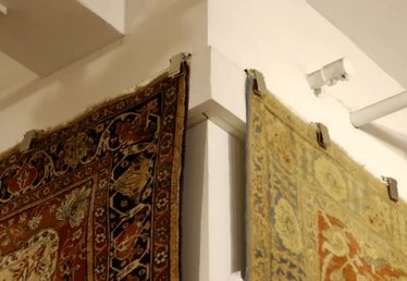 How to Hang Rugs