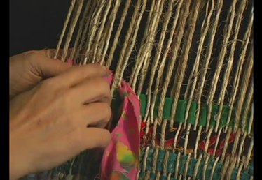 How to Make a Rug Pattern on a Frame Loom