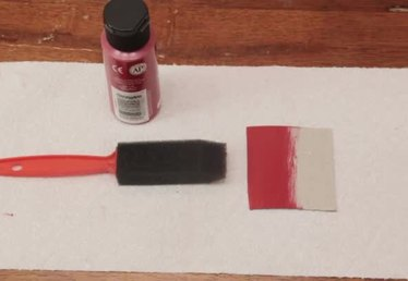 Tips on Painting Cardboard to Prevent Curling