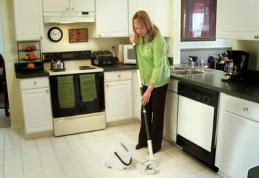 How to Make Your Kitchen Floor Smell Clean