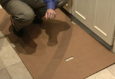 How to Protect the Floor When Moving a Refrigerator