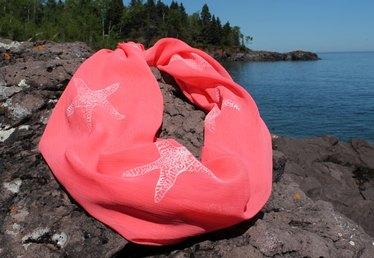 Summer DIY: Nautical-Themed Starfish Scarf