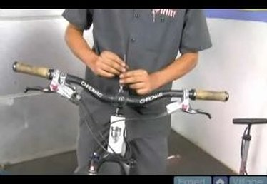 Learn Handlebar Stem Adjustments for Mountain Bikes