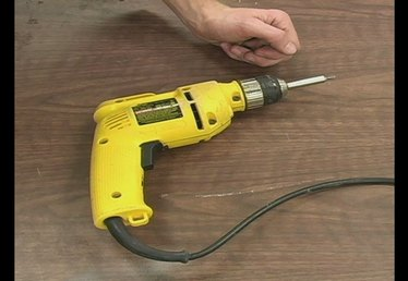 Using a Power Drill as a Screwdriver