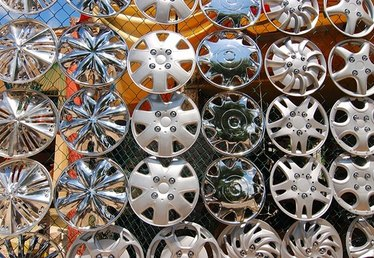 How to Remove Rust From Hubcaps