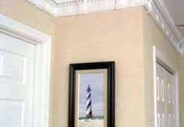 How to Install Miterless Crown Molding