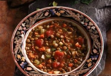 How to Make Hearty and Healthy Vegetable Soups