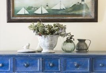 How to Paint and Glaze Wood Furniture