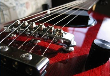 How to Fix Guitar Strings