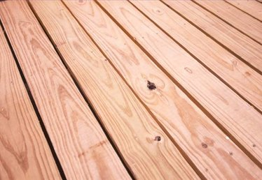 How to Lay a Wooden Deck Floor