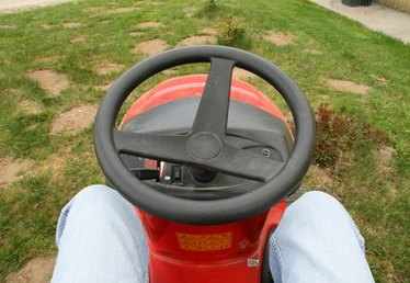 The Best Places to Buy Riding Lawn Mowers