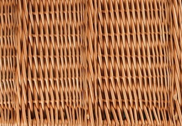 How to Erect a Willow Screen Fence