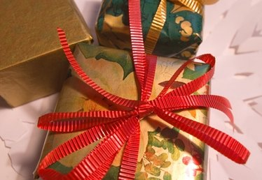 How to Store Wrapping Paper & Bags