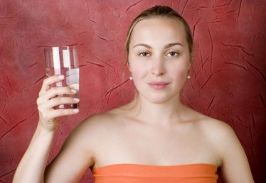 Natural Ways to Clean & Filter Drinking Water