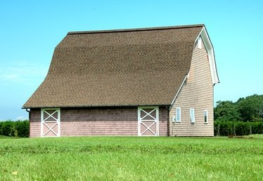 How to Remodel to Convert a Barn to a Guest House