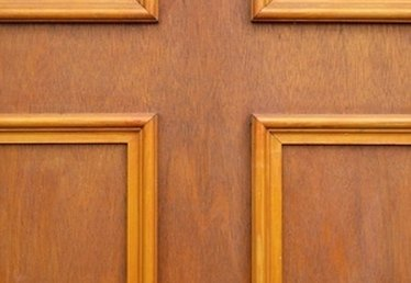 How to Make Raised Panel Wainscoting