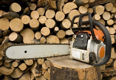 How to Start Stihl Chain Saws